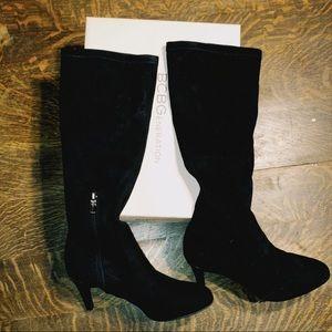Womens Black BCBGeneration Heeled Boots Size 7.5